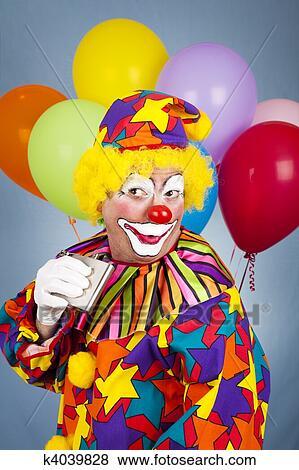 images alcoolique clown k4039828 recherchez des photos des images des photographies et. Black Bedroom Furniture Sets. Home Design Ideas