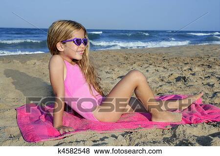 голые письки молоденьких девушек фото
