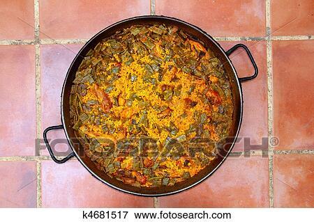 image paella riz recette m diterran en espagne rond moule k4681517 recherchez des. Black Bedroom Furniture Sets. Home Design Ideas