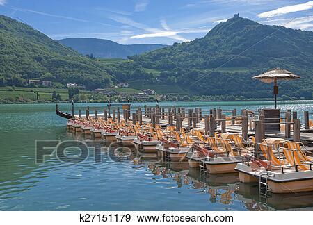 Озеро login di carrera в италии около больцано