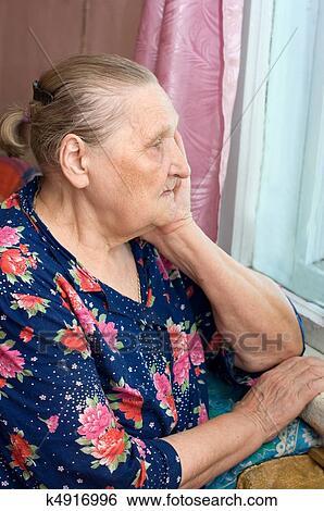 Личные фото старых женщин