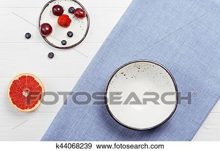 创意摄影图片库 - 怀特, 粘土, 盘子, nicely, 安排, 为, 早餐.图片