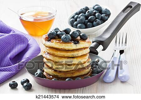 Drawings of Blueberry pancakes k21443574 - Search Clip Art ...