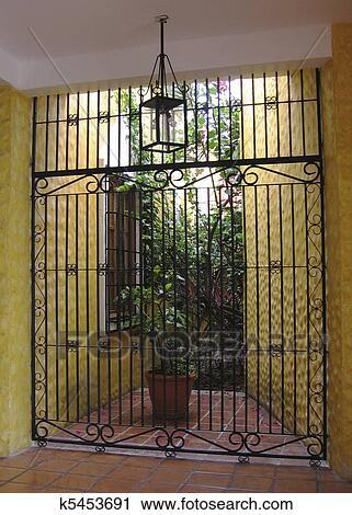 Archivio fotografico cancello a hacienda in messico for Planimetrie hacienda messicano