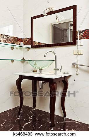 Archivio Fotografico - moderno, bagno, interno, con, vetro ...