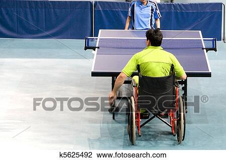 Banque de photo chaise roue ping pong k5625492 recherchez des images des photographies et - Roue pour table de ping pong ...
