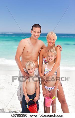 фото голые родители нудисты