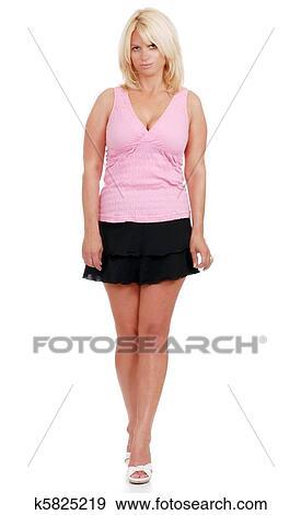 фото зрелых женщин в мини юбках
