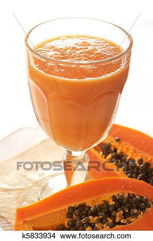 banque de photo verre de frais papaye smoothie k5833934 recherchez des images des. Black Bedroom Furniture Sets. Home Design Ideas