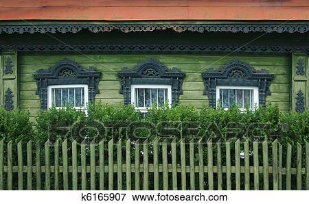 Bild windows von a alt russische haus mit for Russisches haus