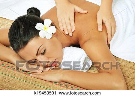 красивые девушки массаж фото