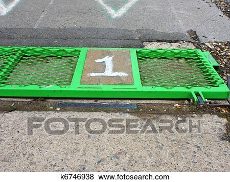 Race Start Clipart Race Track Starting Gate