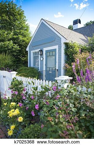 Pictures Of Garden Cottage K7025368 Search Stock Photos