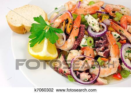 Праздничные салаты из морепродуктов с фото