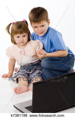 порнофотографии онлайн брат с сестрой
