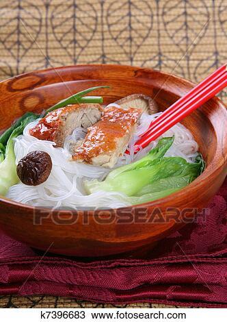 утка с вермишелью рецепт с фото