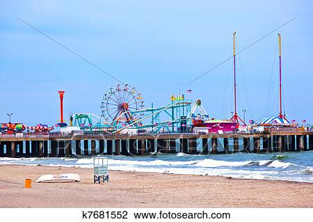 Stock photo of amuesment park at steel pier atlantic city for Steel piers for house