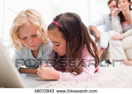 Порно фото молоденькой сестры