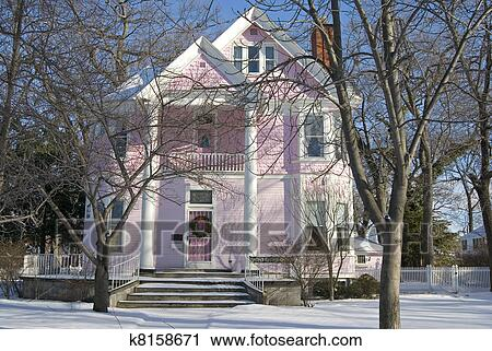 Stock fotografie rosa viktorianisches haus k8158671 for Viktorianisches haus