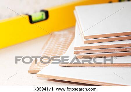 Banques de photographies bricolage carrelage for Bricolage carrelage