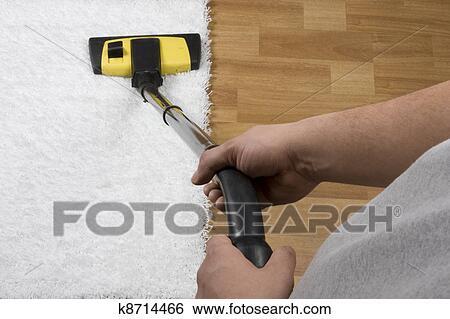 banque d 39 images nettoyer aspirateur k8714466 recherchez des photos des images des. Black Bedroom Furniture Sets. Home Design Ideas