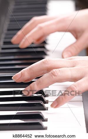 Banco De Imagem Mulher M Os Toque Sica Ligado A Piano