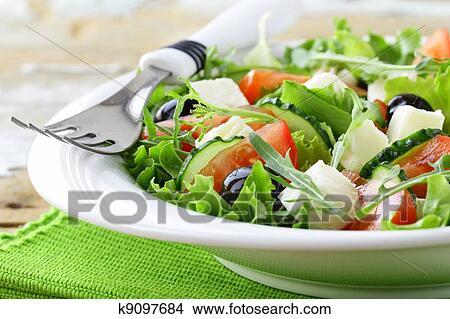 Греческий салат с сыром рецепт с фото