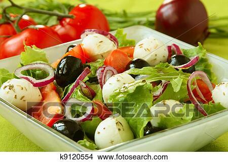 Салат из моцареллы фото рецепты