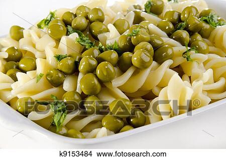Салат зеленый горошек с фото