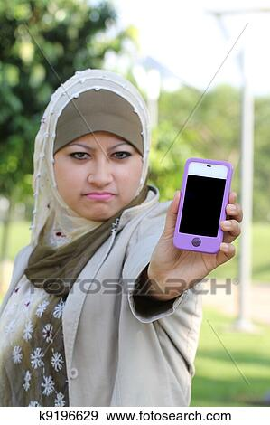 bad hall single muslim girls The #1 south asia matrimonial, south asian marriage & south asian dating site for south asian singles south asian girls seeking  to the prospective muslim.