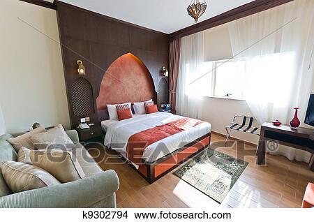 banque de photo int rieur de moderne appartement chambre coucher dans oriental. Black Bedroom Furniture Sets. Home Design Ideas