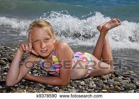 foto-molodih-golih-nudistov