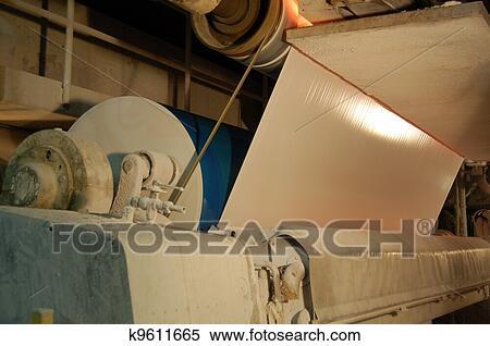 banque d 39 image papier et moulin pulpe usine k9611665 recherchez des photos des images. Black Bedroom Furniture Sets. Home Design Ideas