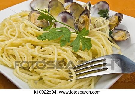 how to cook clams italian spaghetti