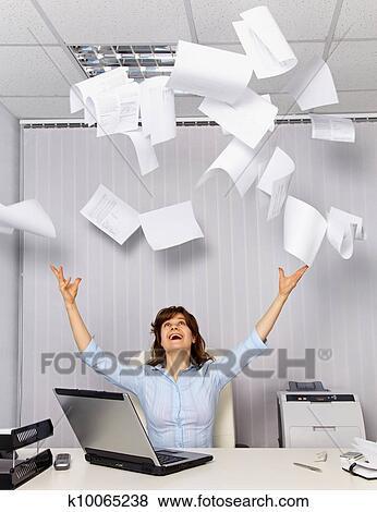 Fotos gozar trabajando en la oficina k10065238 for Ver videos porno en la oficina