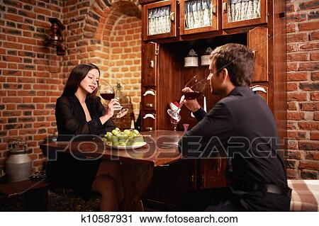 returnig to the dating scene