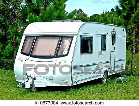 zeichnungen dass camping oder wohnwagen auto. Black Bedroom Furniture Sets. Home Design Ideas