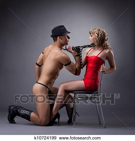 strip tease gay photos gratuites