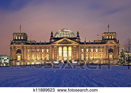 stock foto berlin reichstag weihnachten schnee. Black Bedroom Furniture Sets. Home Design Ideas