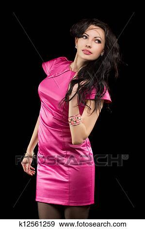 Фото брюнетка в розовом 8 фотография