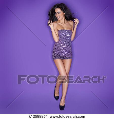 stock foto bezaubernd sch ne frau tanzen k12588854 suche stockbilder wandbilder bilder. Black Bedroom Furniture Sets. Home Design Ideas