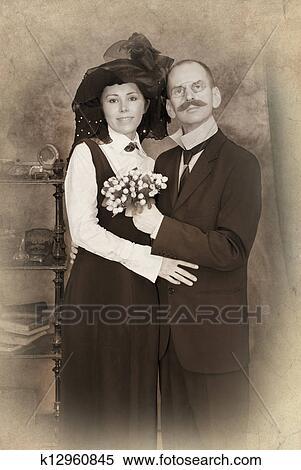 семейное фото нудистов ретро