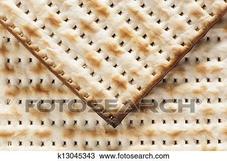 how to eat matzo crackers