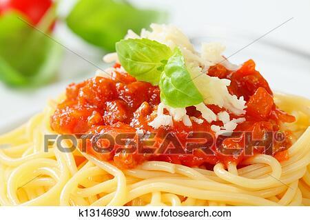 banques de photographies bolognese spaghettis k13146930 recherchez des photos des images et. Black Bedroom Furniture Sets. Home Design Ideas