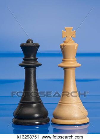 Stock Fotografie - schachfiguren, auf, blau. Fotosearch - Suche Stockfotos, Fotos, Prints, Bilder und Foto Clipart