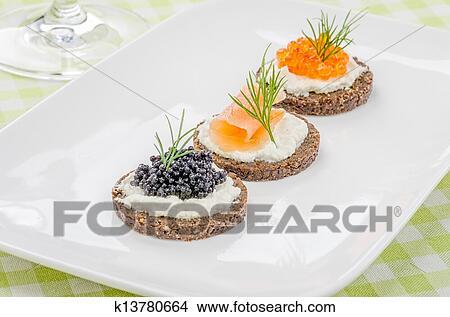stock foto canapes mit lachs und kaviar k13780664. Black Bedroom Furniture Sets. Home Design Ideas