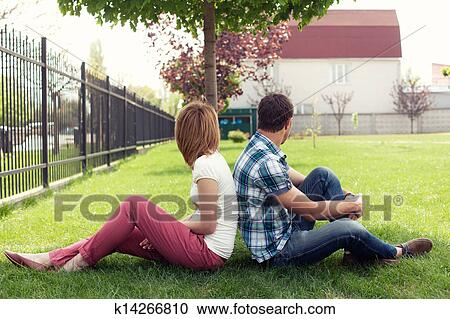 Relations vidéo adolescent pair