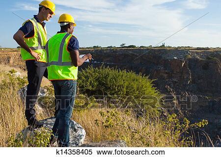 Stock Bild Landvermesser Arbeiten Bergbau Standort
