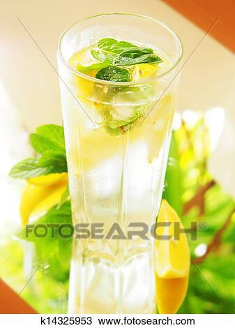 Вода с лимоном для похудения-свойства и действие