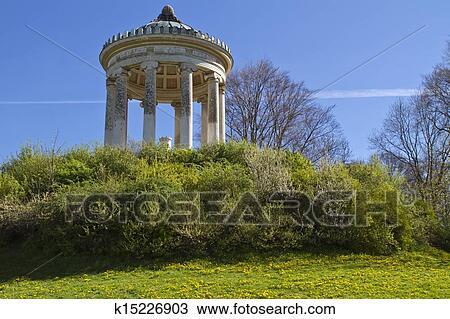 Banque de photo monopterus monument dans les for Jardin anglais allemagne